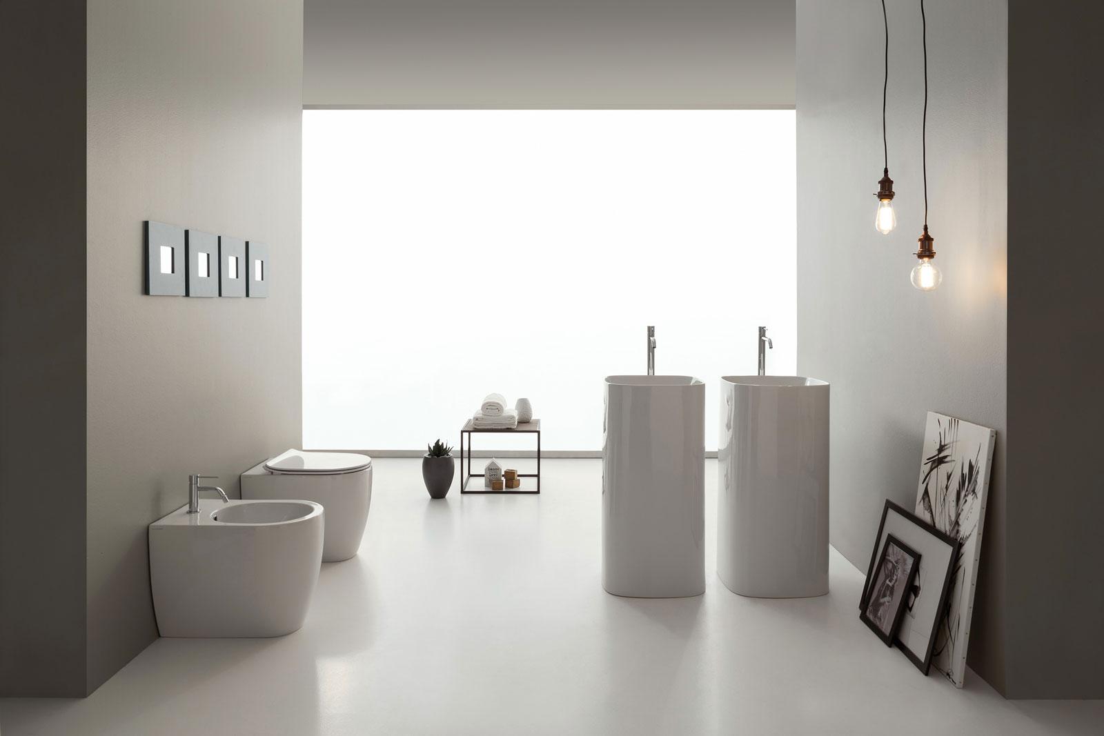 Appendere Quadri Su Scale quadri per il bagno, scopri la nuova tendenza