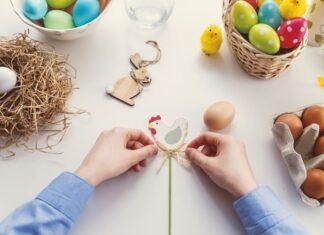 colorare le uova in modo naturale