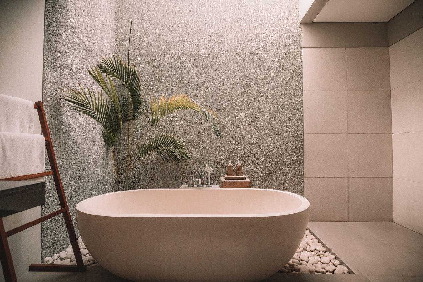 Bagno Esterno Realizzare : Vuoi realizzare un bagno da esterno nel tuo giardino? ecco come fare