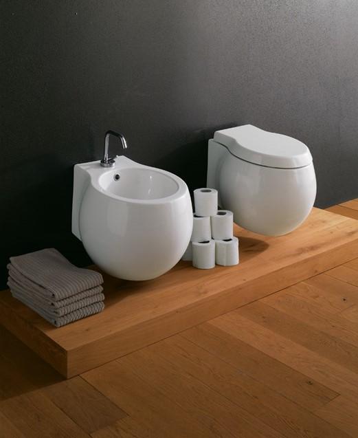 Sanitari filo muro, come guadagnare più spazio nel bagno