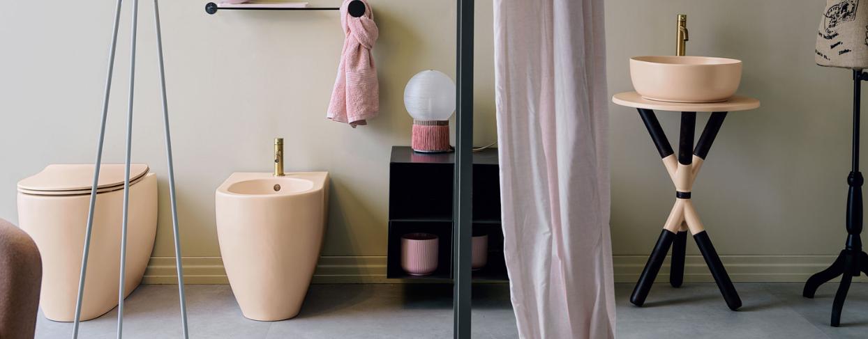CROSS di Scarabeo, la nuova linea di mobili da bagno glamour ed elegante